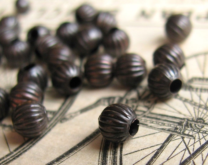 4mm bead, textured bead, antiqued black brass (50 beads) aged patina, black bead, oxidized brass bead, ridged pattern, melon shape