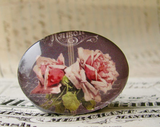 Vintage blackboard with pink roses, handmade glass cabochon, 40x30mm, sideways oval, horizontal image, Fabulous Florals collection