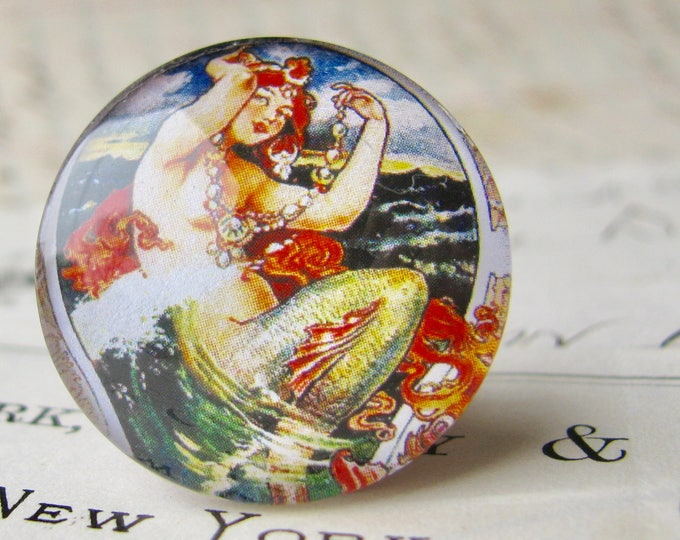 From our Magical Maidens collection, vintage mermaid commercial illustration, 25mm round glass cabochon, 1 inch circle, bottle cap size