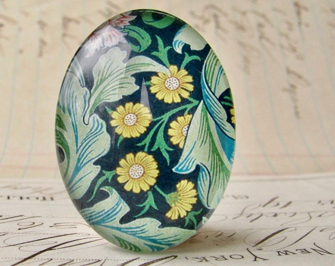 NEW! William Morris collection - yellow foliage, 40x30mm glass oval cabochon, wallpaper print, handmade in this shop, 40x30, Art Nouveau