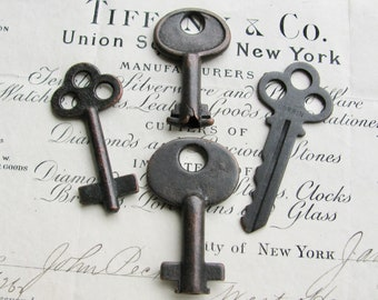 4 genuine antique steamer trunk keys, refinished - 1.5 inches long, distressed, antiqued black patina, authentic vintage key, rustic old key