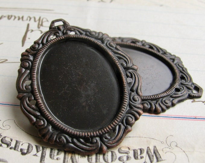 Victorian Mourning 25x18mm oval pendant tray (2 oxidized brass settings) dark aged black patina, cabochon base, 18x25mm, cameo frame