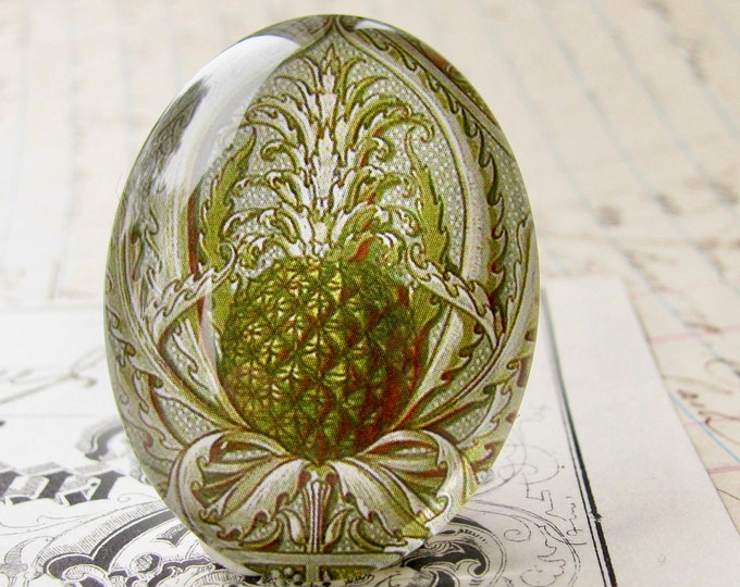 William Morris print, green pineapple, 40x30mm glass oval cabochon, wallpaper print, handmade in this shop, 30x40mm, botanical