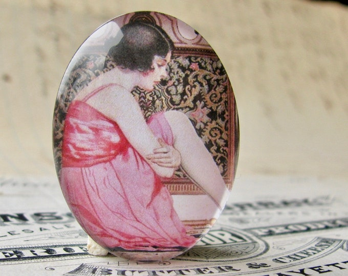 NEW! 1920s vintage stocking ad, handmade 40x30mm or 25x18mm glass oval cabochon, flapper era, Jazz fashion, commercial illustration