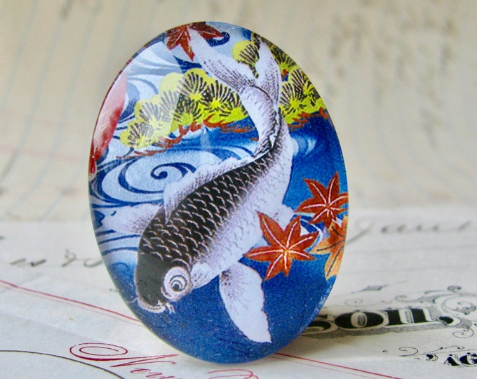 Magical koi fish, 40x30mm handmade glass oval cabochon, grey goldfish, large Asian fish, tattoo motif, blue background, koi pond