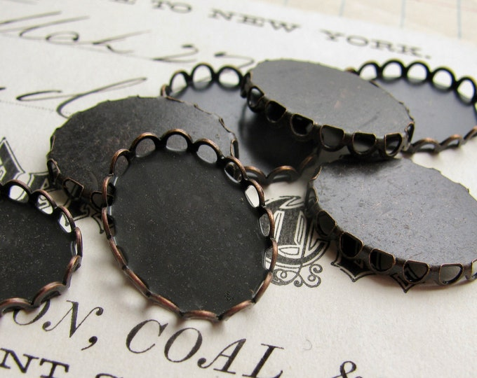 18x13 Lace edge bezel cups, antiqued black brass looped trays (6 scalloped settings) 18x13mm 13x18mm 13x18 13mm 18mm, dark aged patina