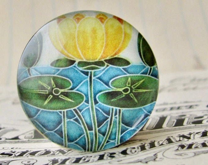 """NEW! From the """"Art Nouveau Ceramic Tiles"""" series, 25mm round glass cabochon, handmade, bottle cap, 1 inch circle, yellow lily flower"""