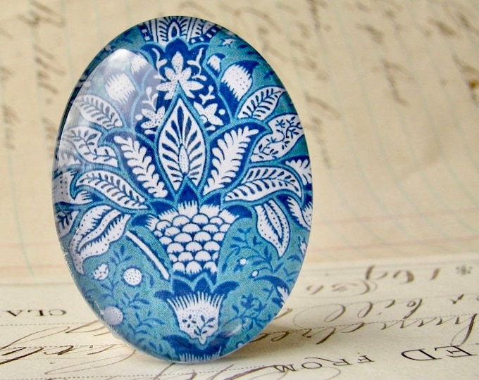 William Morris collection - blue flowers, 40x30mm or 25x18mm glass oval cabochon, wallpaper print, handmade in this shop, Art Nouveau