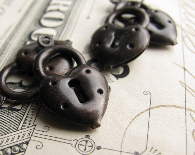 Dark brass puffed heart lock charm, black patina 20mm (4 lock charms) black heart charm CH-SV-009