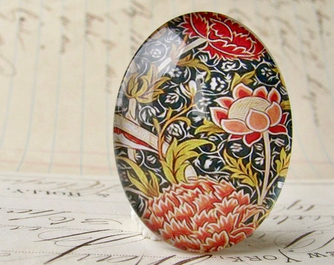 William Morris collection - orange red flower, 40x30mm glass oval cabochon, wallpaper, handmade in this shop, 40x30, Art Nouveau