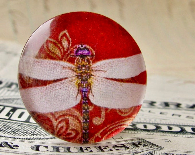 Red dragonfly cabochon, handmade glass oval cabochon, 25mm round, from our Winged Wonder collection, bottle cap size, one inch