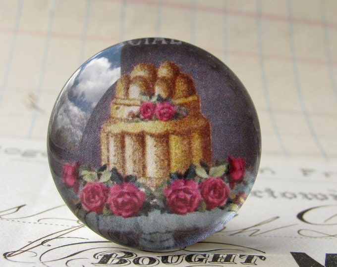 Cake with red roses, handmade glass cabochon, round 25mm cabochon, 1 inch circle, Bountiful Bakery collection, vintage kitchen