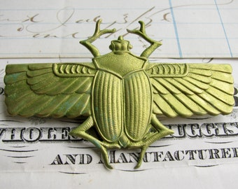 Absinthe finish, Egyptian scarab beetle with wings, green patina antiqued brass, verdigris highlights, 70mm, Art Deco, ancient symbol