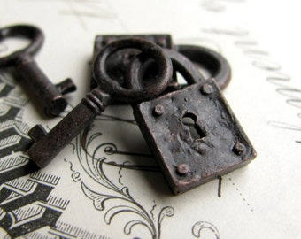 Rustic, weathered jewelry box lock and key charm sets from Bad Girl Castings - aged black patina pewter 18mm (2 lock, 2 key charms)  small
