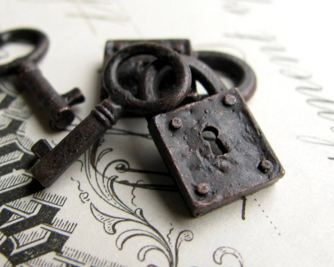 Rustic Weathered Jewelry Box Lock And Key Charm Sets From Bad Girl Castings Aged Black Patina Pewter 18mm 2 Lock 2 Key Charms Small