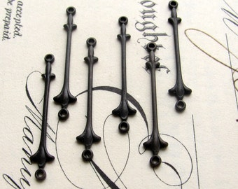 27mm Fleur de Lis bar connector, antiqued black brass (6 links) aged black patina, long thin link, lead free, bail bar, made in the USA