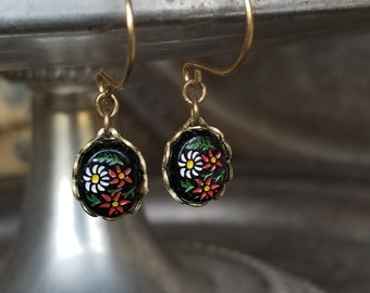 Vintage Tiny Black Cabochon Earrings With Hand-Painted Daisies - Vintage Assemblage
