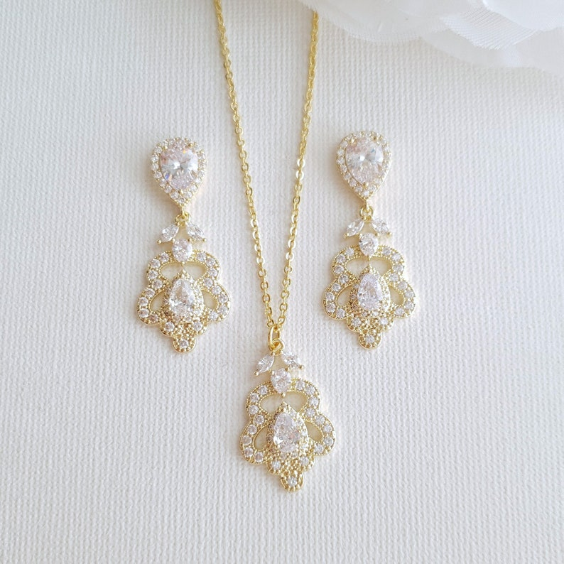 Norma Set Bridesmaid Jewelry Set Bridal Earring and Necklace Set Rose Gold Wedding Jewelry Set Crystal Jewelry Gold Drop Necklace Set