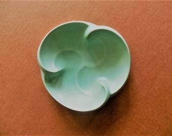 Vintage 1939 Haeger Turquoise Swirl Bowl