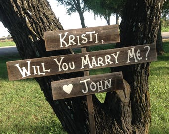 Rustic Proposal Sign / Will You Marry Me Sign / Rustic Marry Me Sign / Country Proposal Sign / Proposal Photo Prop / Marry Me Sign