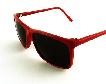 8c5b68a50724 80s red sunglasses
