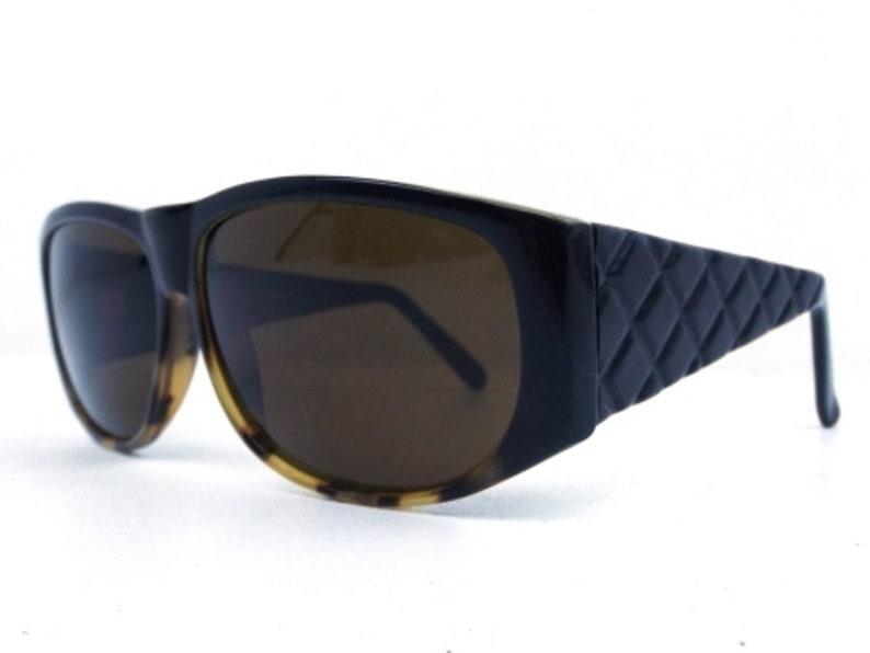 e9b8f59f6e08 Vintage 1990s oversize sunglasses matte black tortoise shell | Etsy