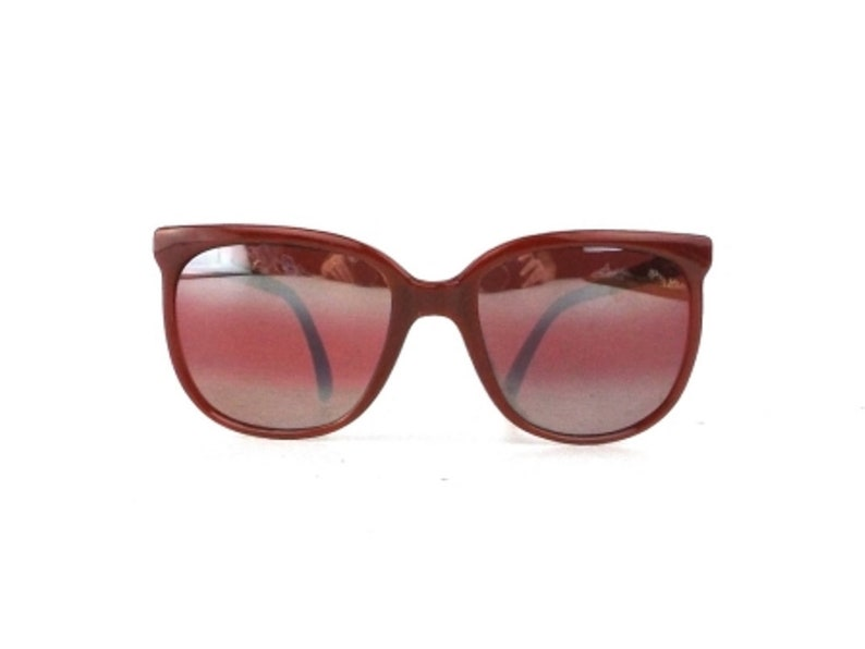 87e9997d18b Red sunglasses vintage round plastic frame 80s eyewear