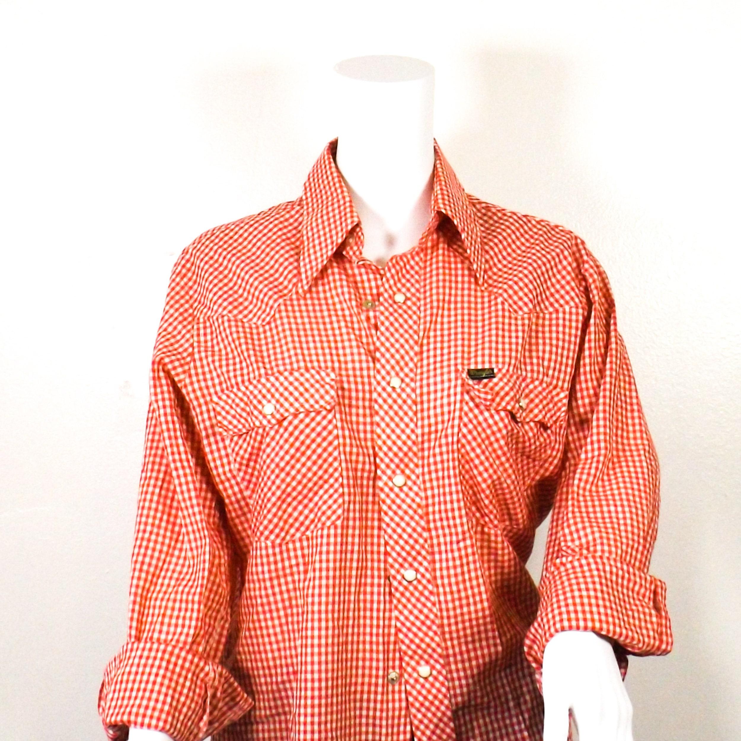 1970s Men's Shirt Styles – Vintage 70s Shirts for Guys Red White Checkered Wrangler Button Down Shirt Mens Medium Vintage 70S $20.00 AT vintagedancer.com