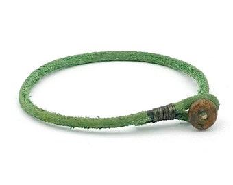 Mens womens unisex green single wrap leather bracelet