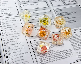 Bees Among the Flowers Dice Set