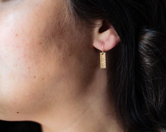 Tiny Bar Drop Earrings in 14k Gold Fill, Small Rectangles, Hammered or Smooth Geometric Minimalist Earrings