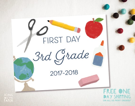 Printable Back to School sign for pictures, includes Pre-k, Kinder, 1st, 2nd, 3rd, 4th, 5th and 6th Grade