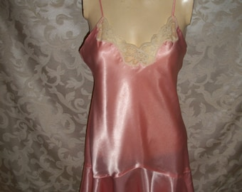 f7d8993a7870f Vintage Victorias Secret Flapper Style Babydoll Nightgown Camisole Chemise