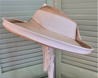 359ed9c50689cf Vintage 1930's Ladies Straw Hat with Grosgrain Ribbon | Vintage Wide Brim Straw  Hat | Off White Grosgrain Ribbon Straw Hat
