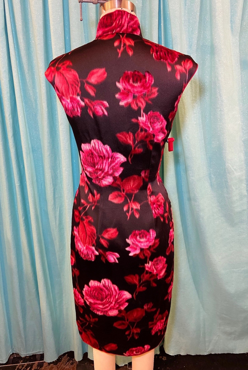 1950s1960s W:28 pink red black silk satin brocade cut velvet rose print floral sleeveless mandarin collar cheongsam pencil wiggle dress