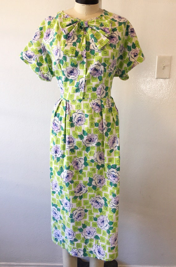 1930s/1940s W:30 chartreuse purple geometric rose… - image 2