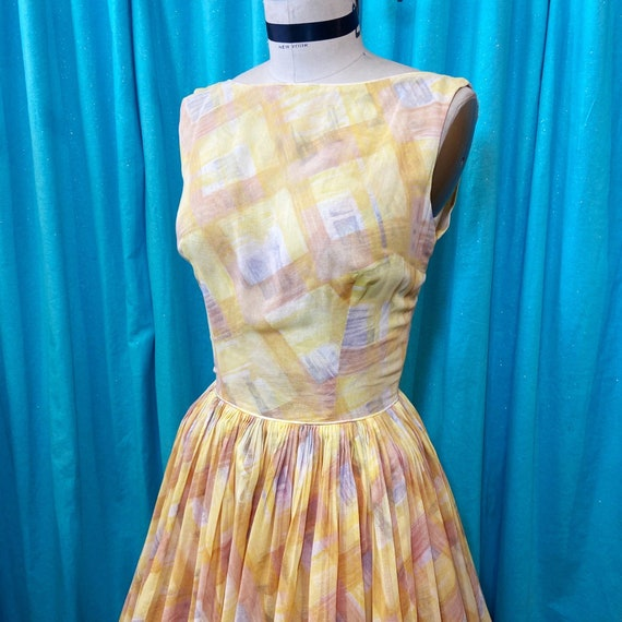 1950s/1960s W:24 yellow brown gray sheer cotton pl