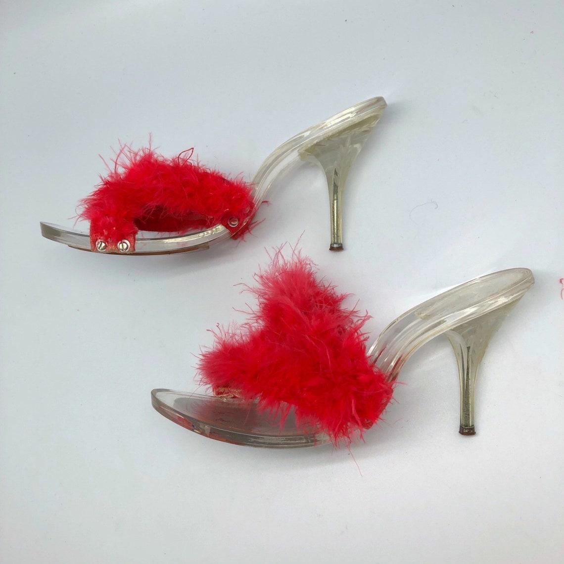 1950 1960 S:8 marabou rosso intagliato lucite open toe camera tacchi - Scarpe alla moda dpHhTyx5 rJIDgD l7IEWL