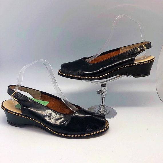 1940s 1950s SZ:10 studded black patent leather pee