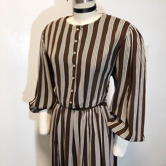 1940s W:30 brown white stripe sheer rayon balloon
