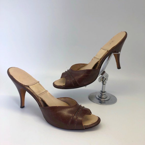 1950s 1960s SZ:8.5 brown leather winged open toe s