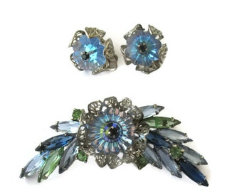Vintage Rivoli Green Blue Stones Brooch with Clip on Earrings,  Mid Century,  Estate Jewelry, Demi Parure, Blue Rhinestones, Collectible