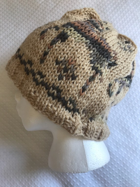 Equine horse equestrian fair aisle hand knit winter autumn ski beanie hat