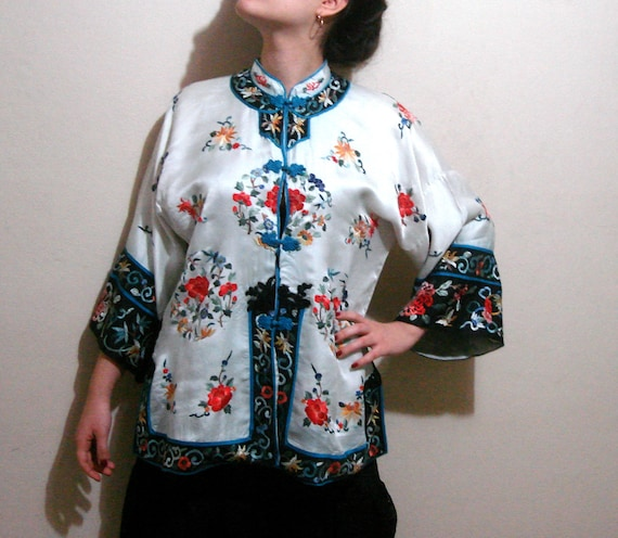 Embroidered vintage silk coat, Embroidered off whi