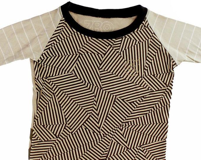 Labyrinthe Youth Small Baseball Shirt BJ001