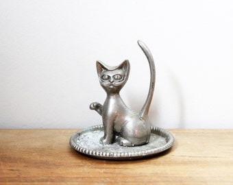 Collectible No Face Kitty Cat Ring Holder Hand-painted with White or Black Glaze Cat Lover/'s