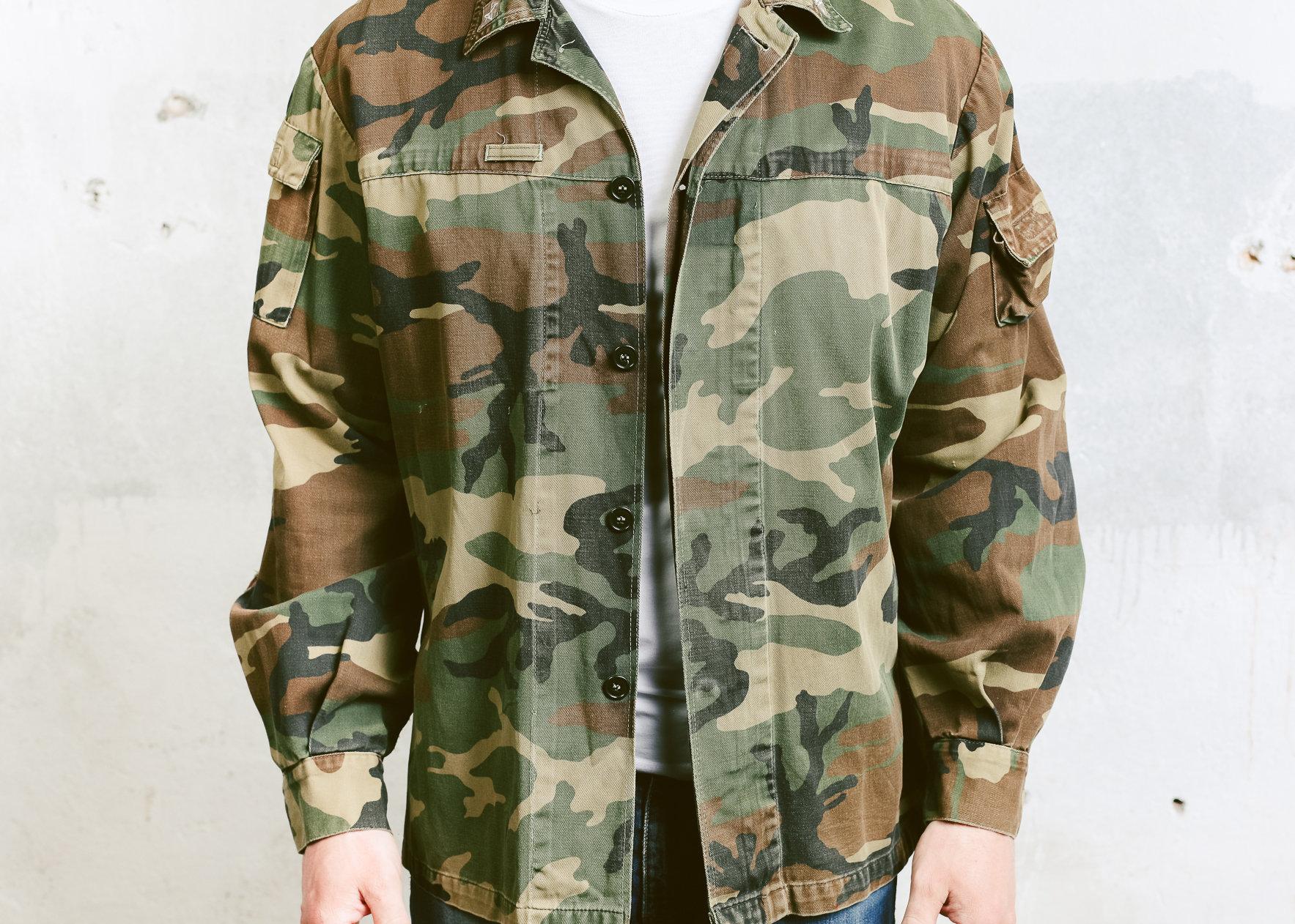 Men's NATO Camo Jacket   Vintage 90s Khaki Green Military
