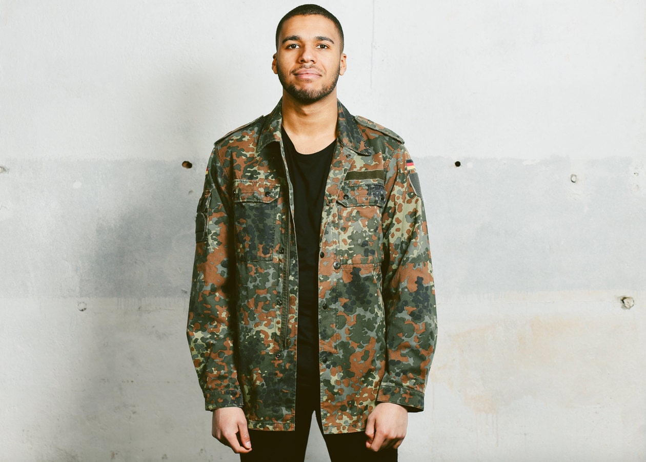 0958d0ca35df Camo Jacket . Green Parka German CAMOUFLAGE Vintage Men s