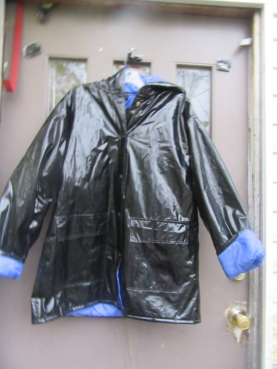 Vintage Shiny BLACK  Wippette Raincoat |  Insulate