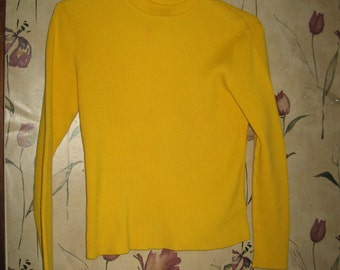 Lauren by Ralph Lauren  cotton   yellow  retro   Turtle Neck Sweater Size large embroidered collar
